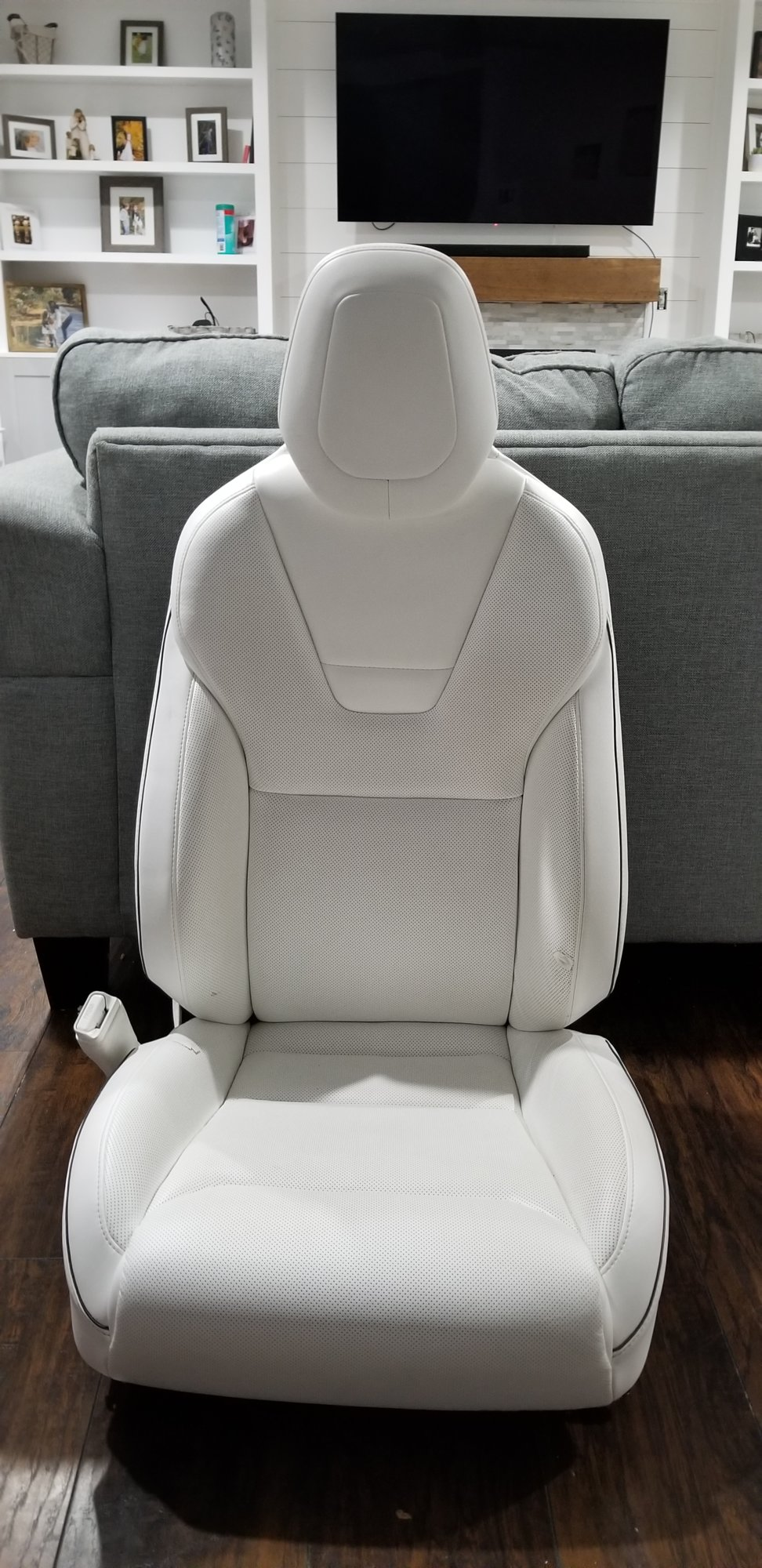 Front Seat DR.jpg