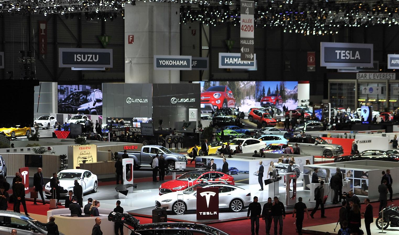 GenevaMotorShow-2015-TeslaBooth.jpg
