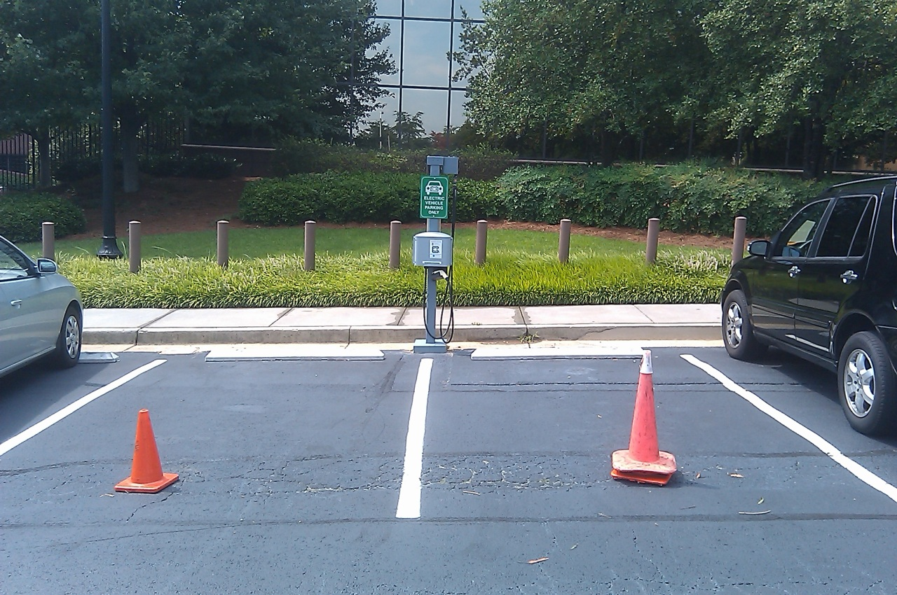 georgia_power_headquarters_electric_car_charging_stations.jpg