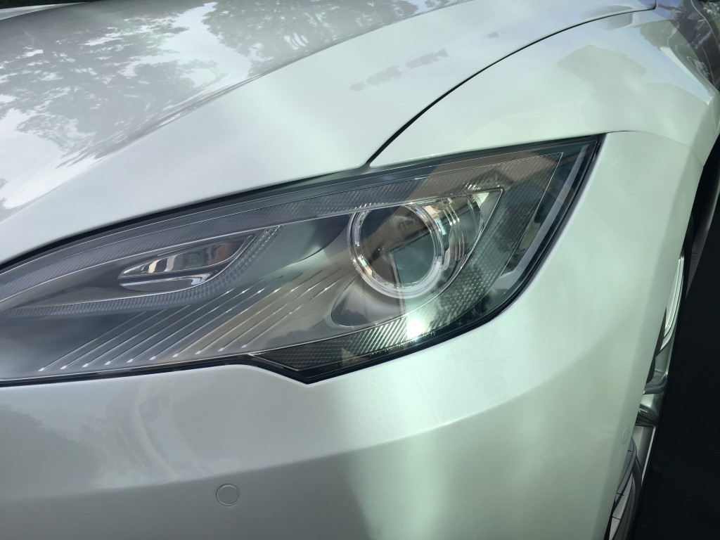 Headlight2 (Medium).JPG