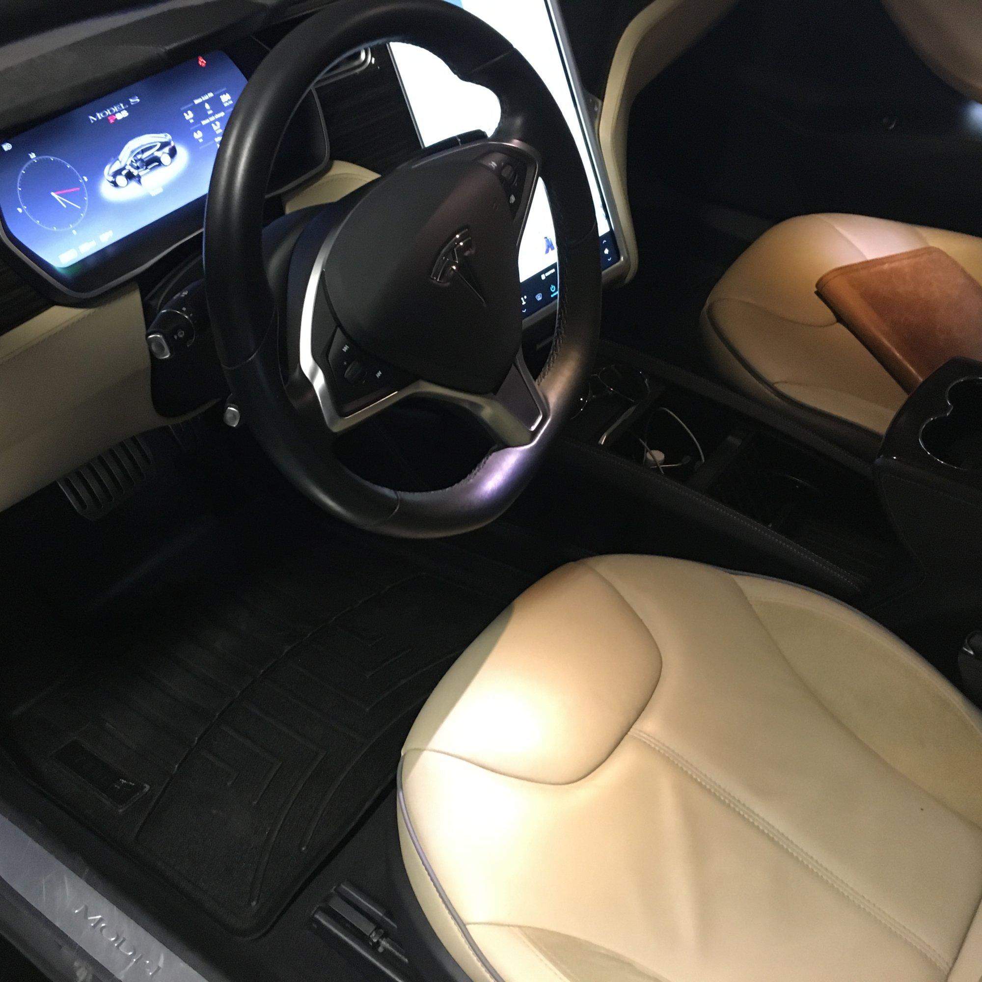 Inside driver.JPG