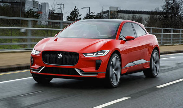 Jaguar-I-Pace-895183.jpg