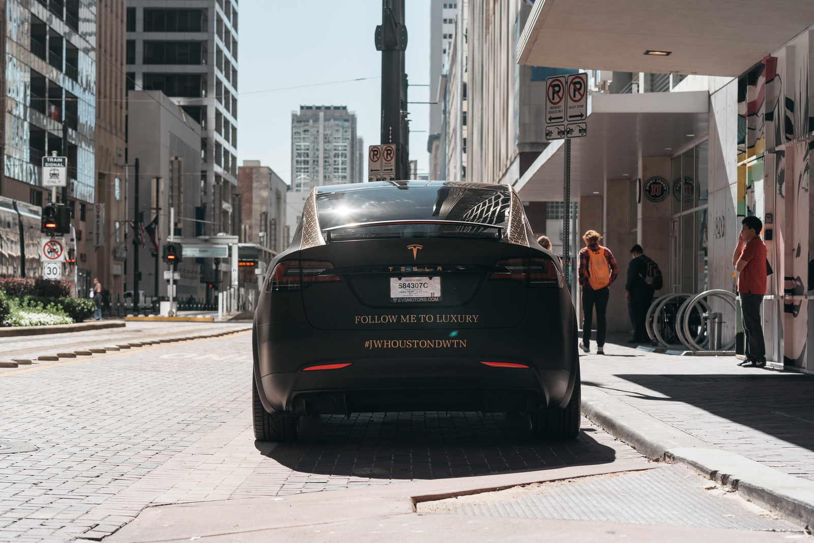 JW Marriot Houston Downtown Tesla Model X-46-X3.jpg