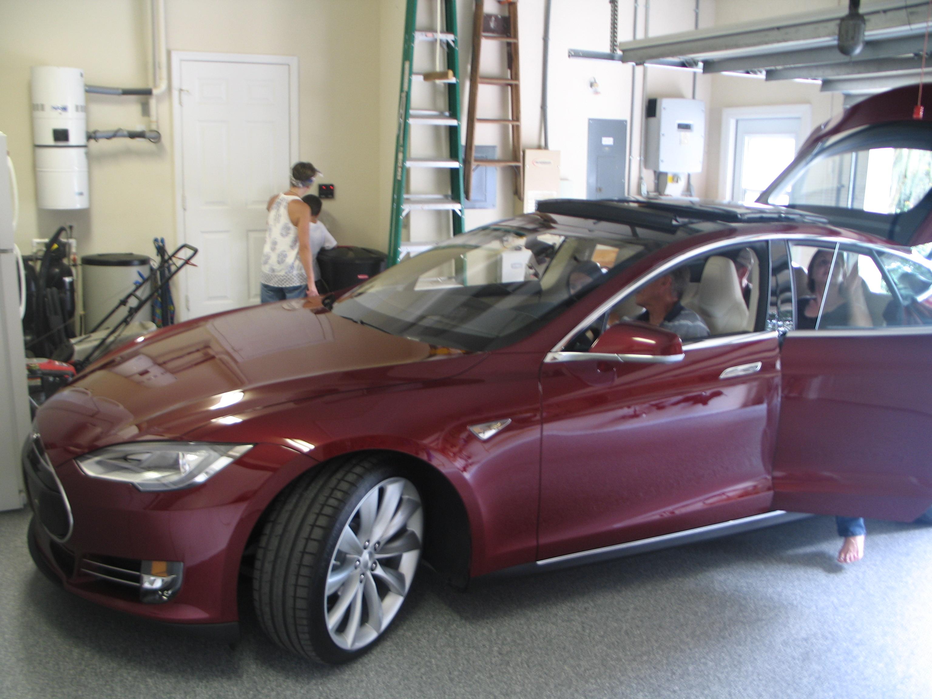 Klaus' Model S Delivery 003.JPG