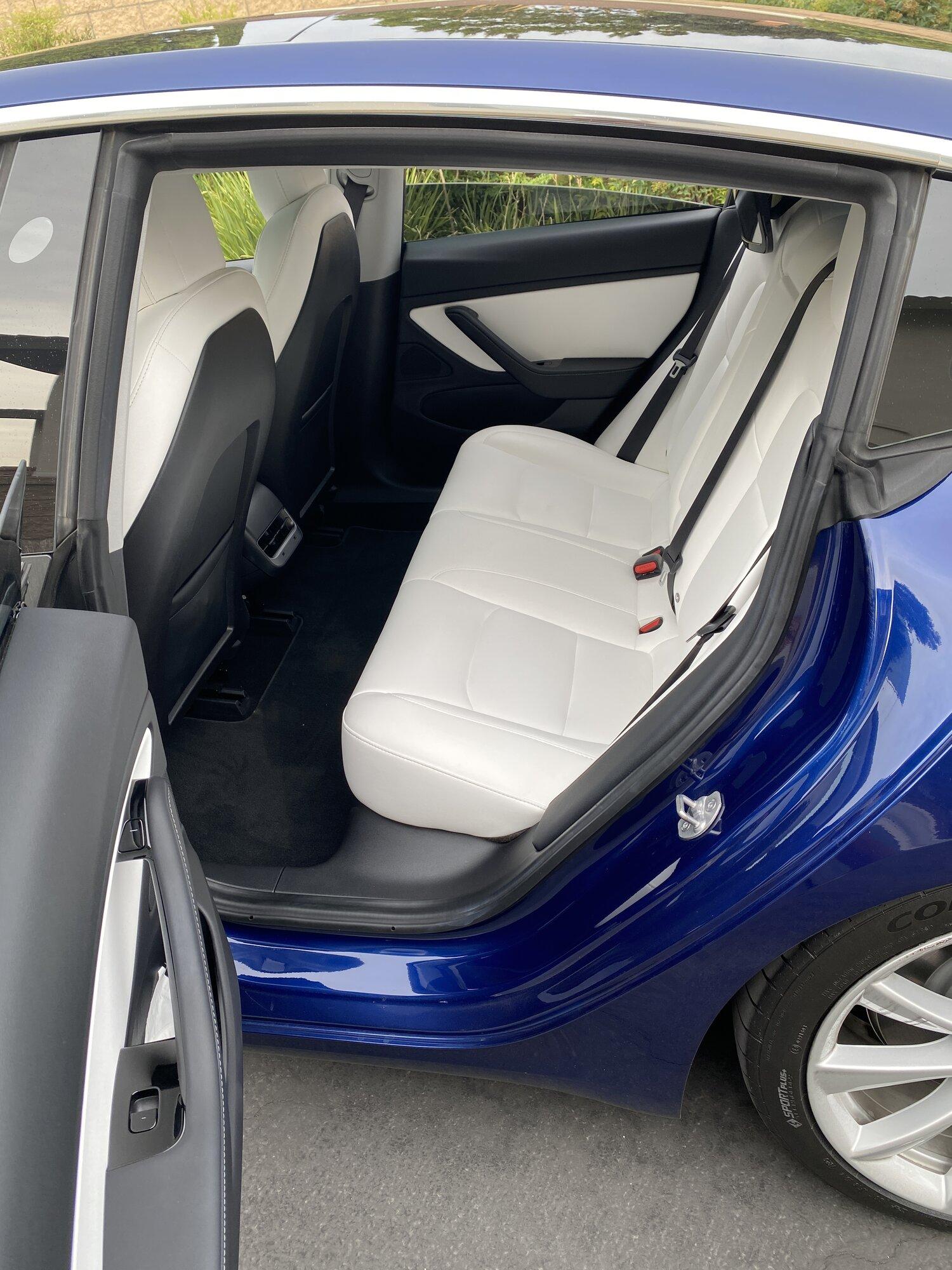 left rear door open.JPG