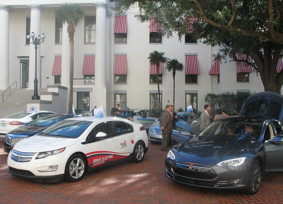 Legislators at Drive Electric Florida Day.jpg