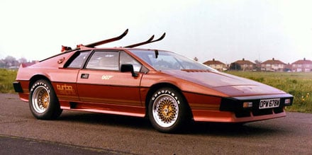 Lotus_Turbo_Esprit_James_Bond_007_Thum.jpg