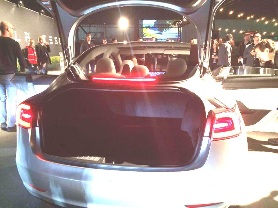 m3-trunk.jpg