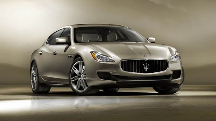Maserati_quattroporte_2013.jpg