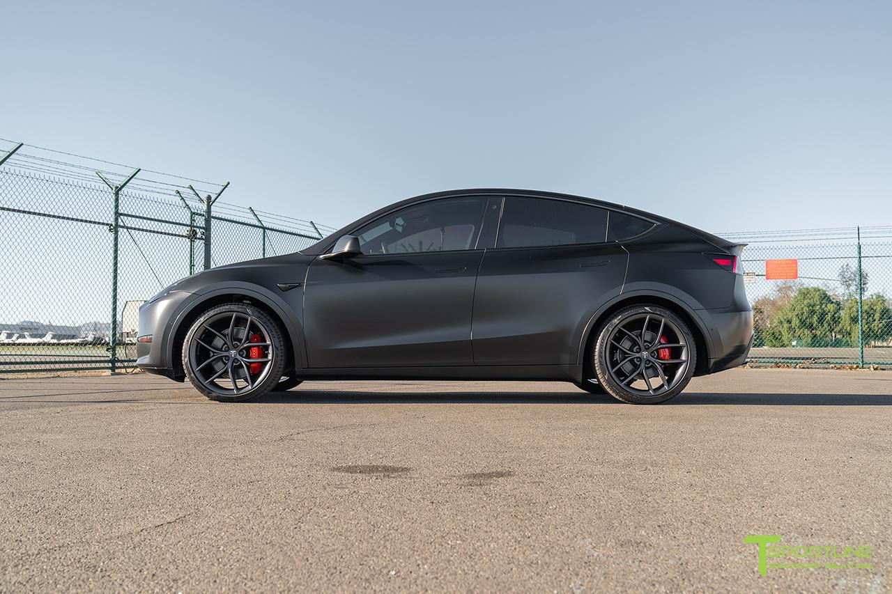 matte-black-tesla-model-y-ts5-21-inch-turbine-style-satin-black-flow-forged-wheel-6.jpg