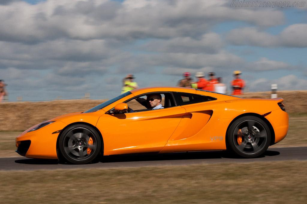McLaren-MP4-12C_4.jpg