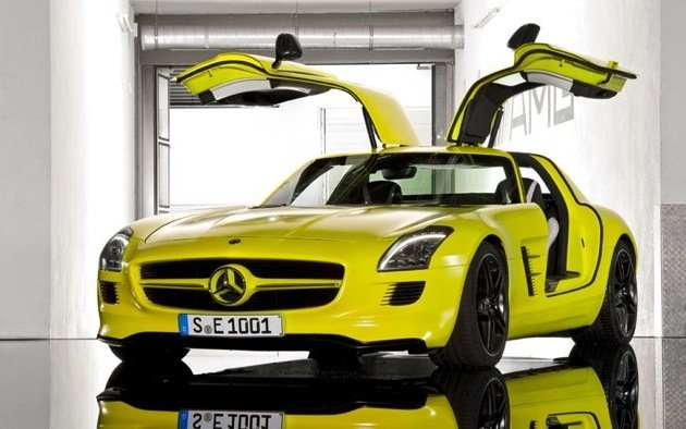 mercedes-benz-sls-amg-e-cell-prototype-doors-open-2.jpg