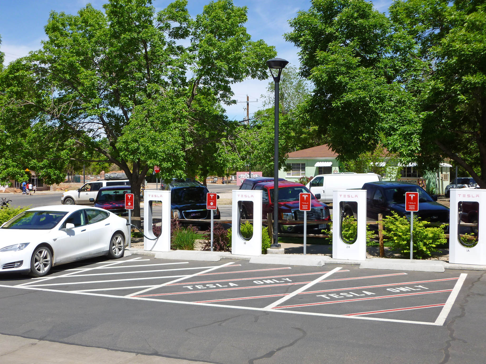 Moab Supercharger Station1903sf 4-30-17.jpg