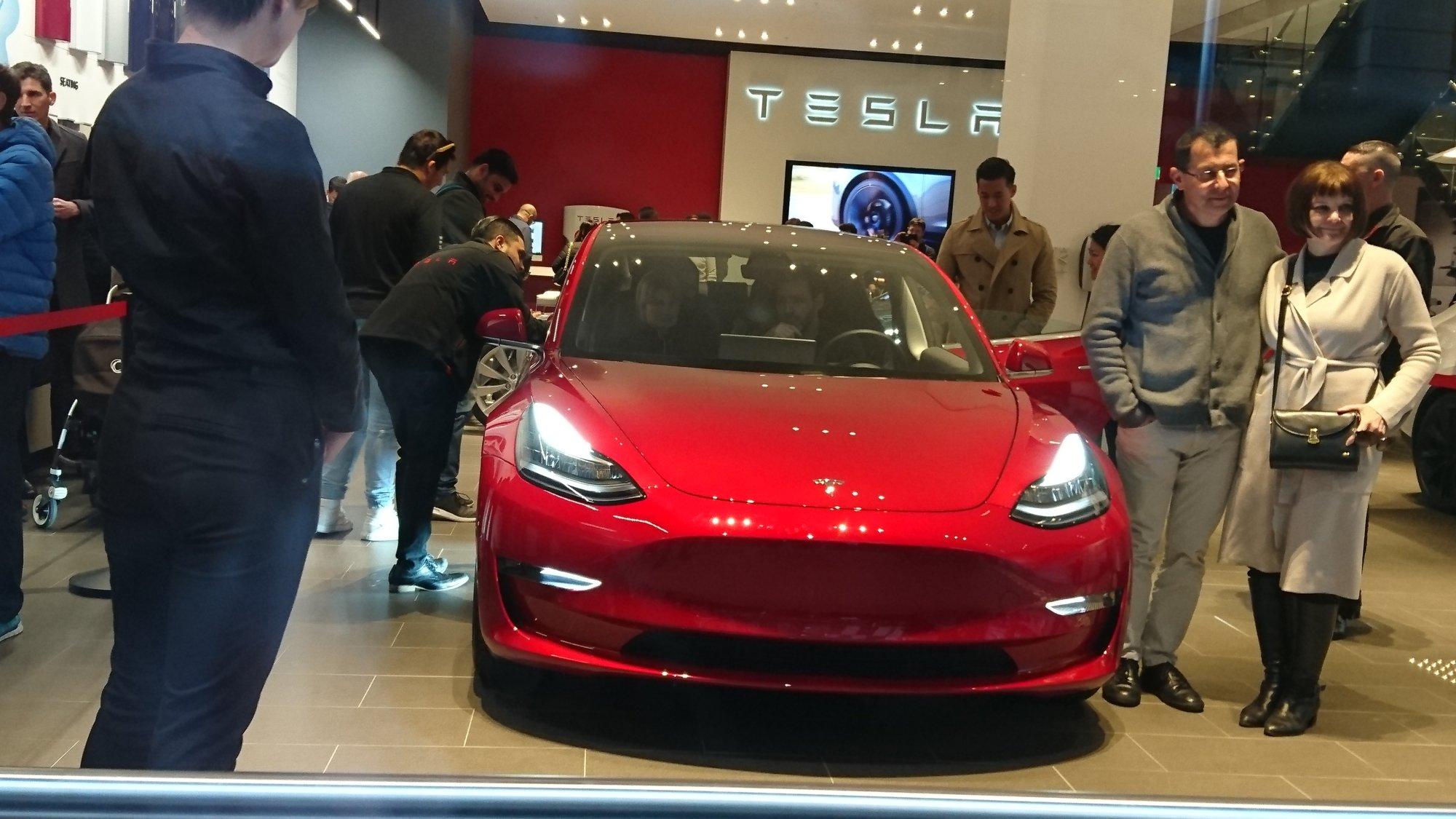 Model 3 at Martin Place 2.JPG