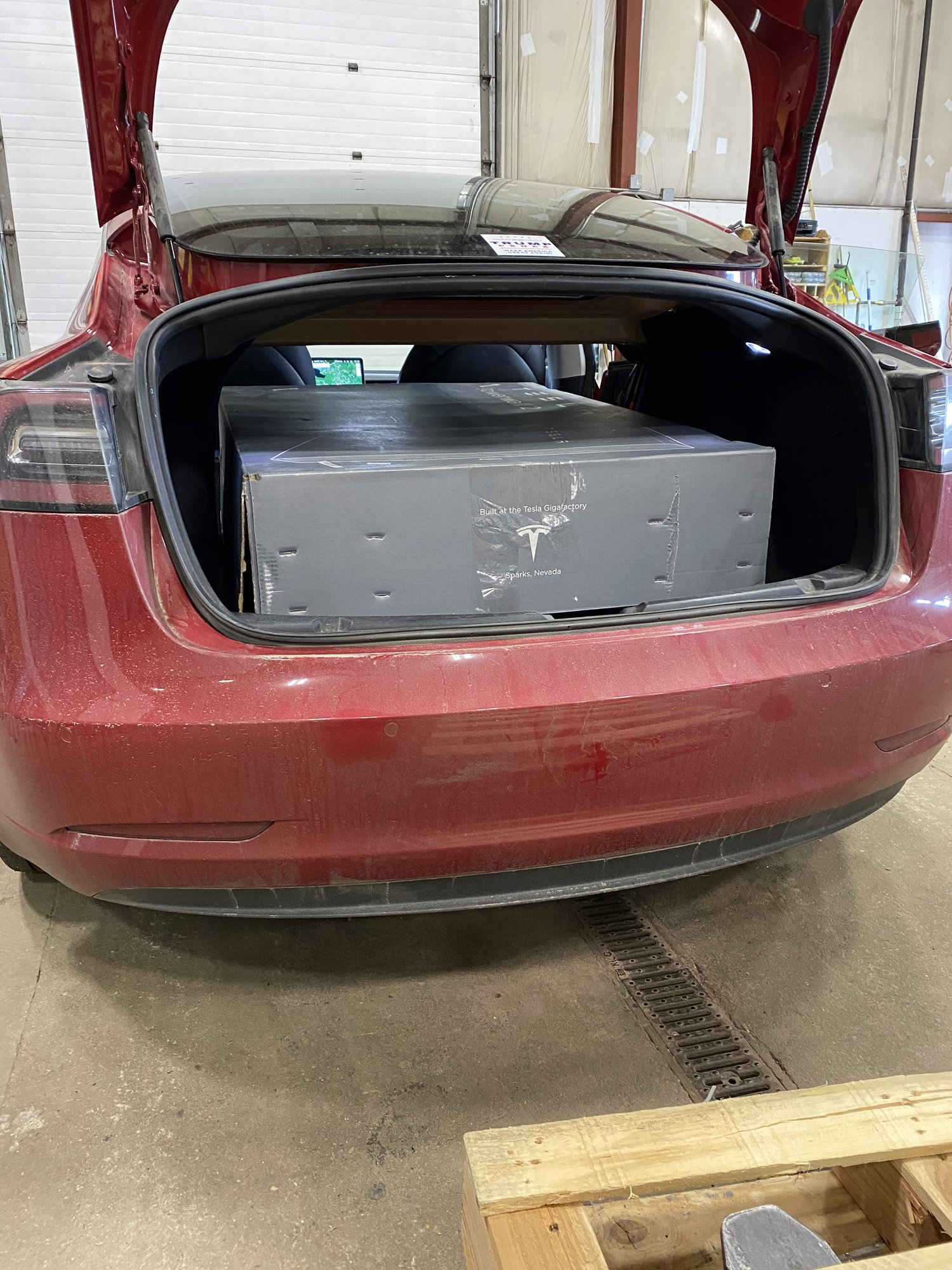 Model 3 Powerwall.JPG