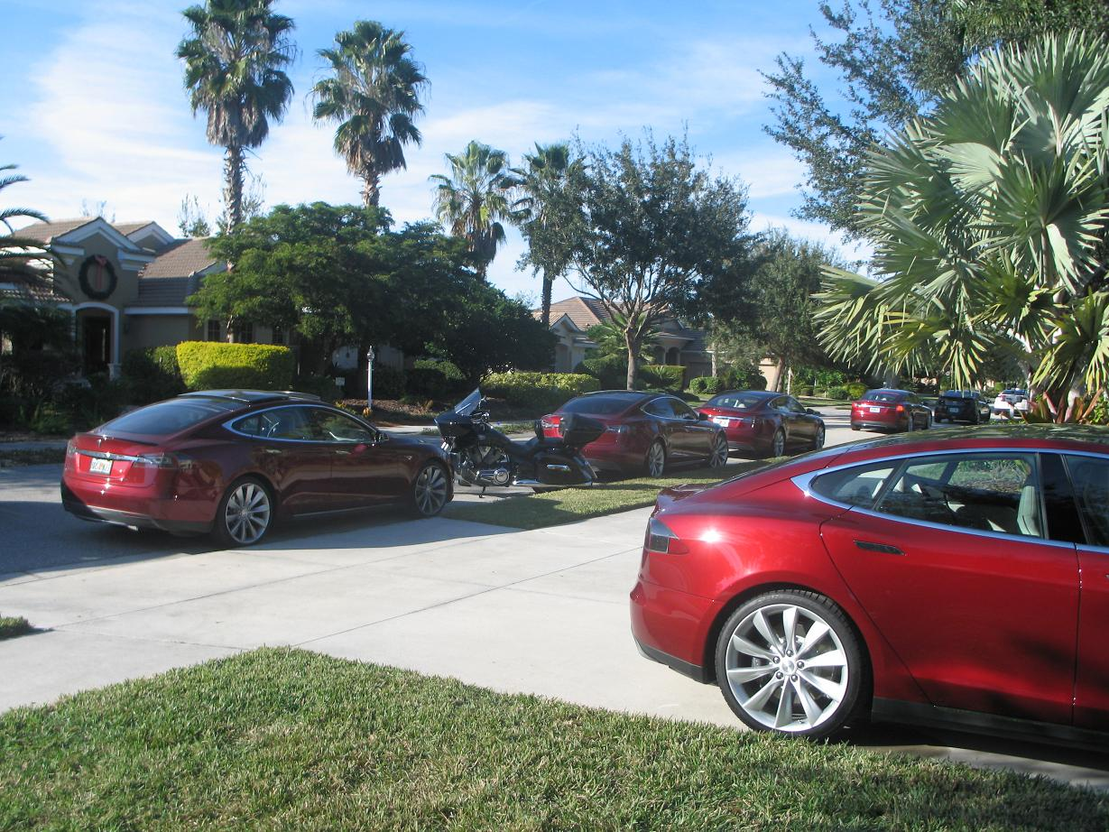 Model S as far as the eye can see.jpg