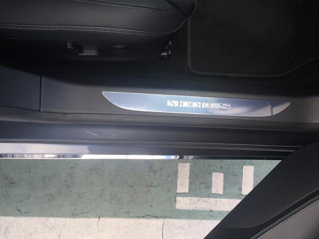 Model S Door Sill Xpel'd - 1.jpg