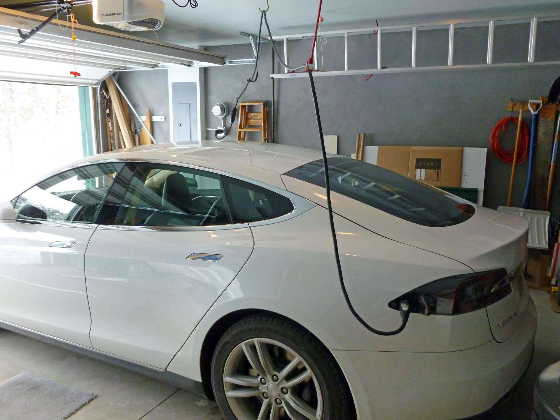 Model S in garage1665edsf 4-16-16.jpg