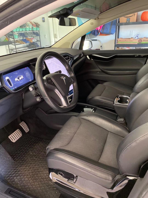 Model-X-Interior-2.jpg