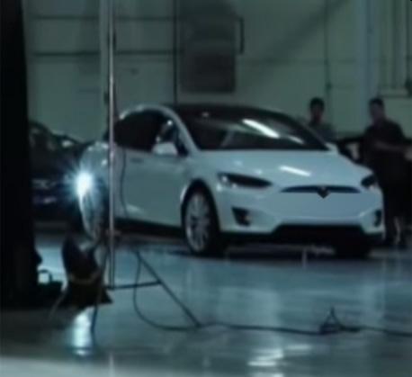 2016 - [Tesla] Model III - Page 2 Model-x-not-3-jpg