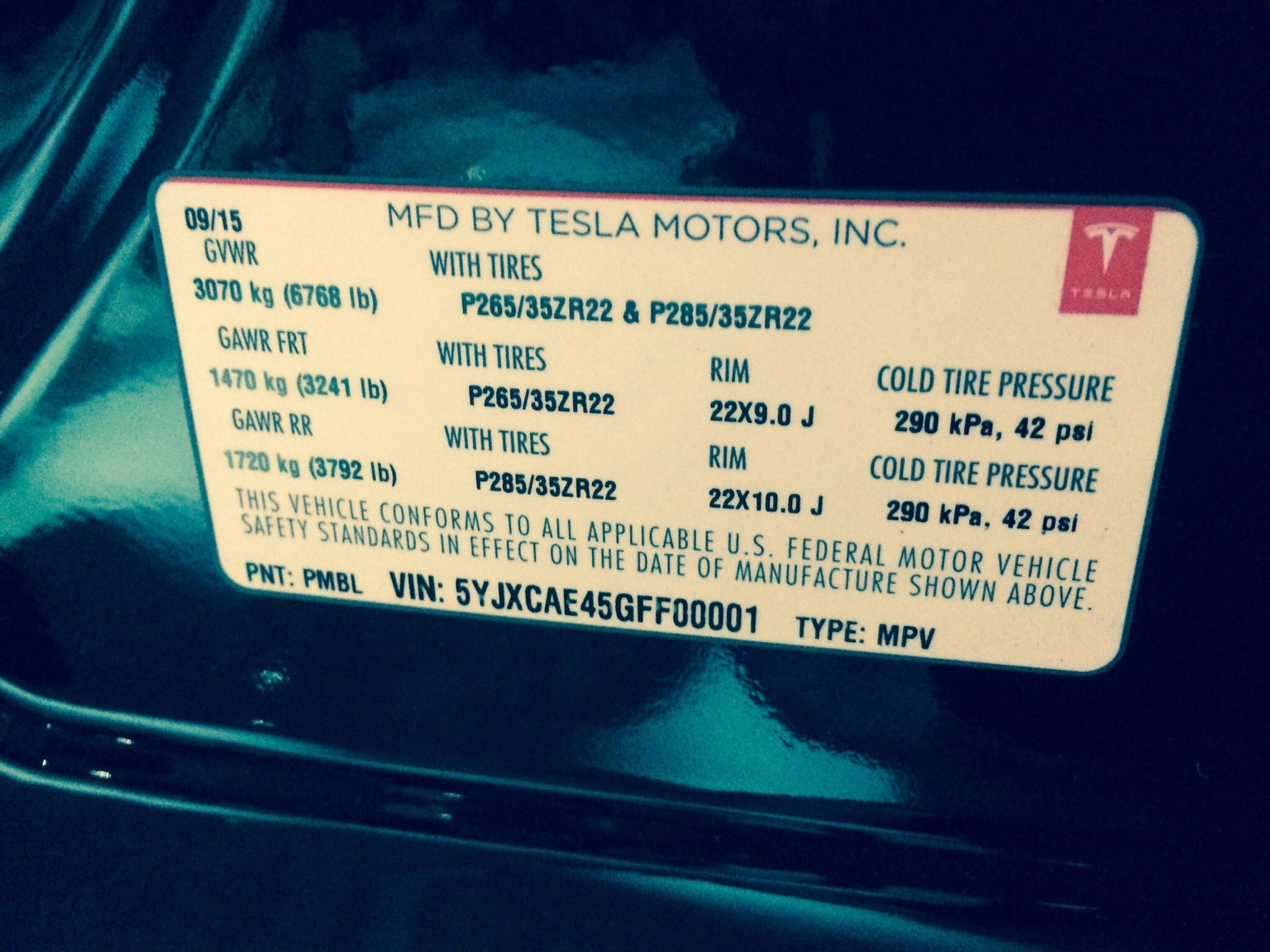 Model X Tire spec 22''.jpg