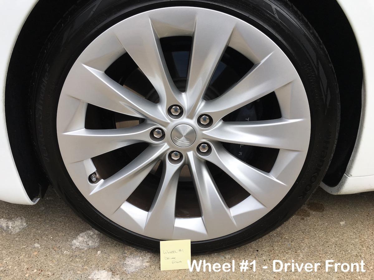 model-x-wheels-1.jpg