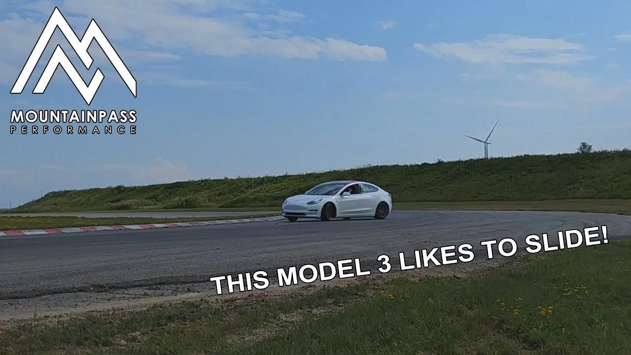 model3_likestoslide.jpg