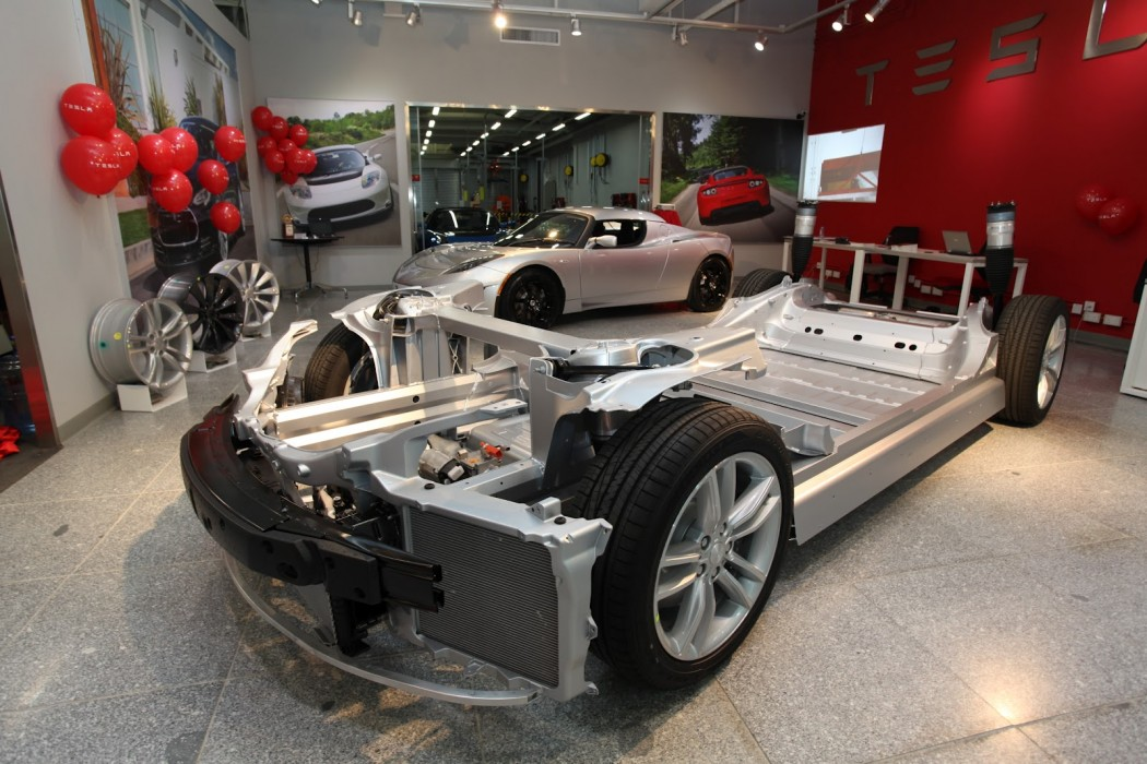 ModelS-Chassis-1050x700.jpg
