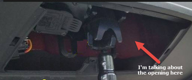 mx tow hitch opening.jpg