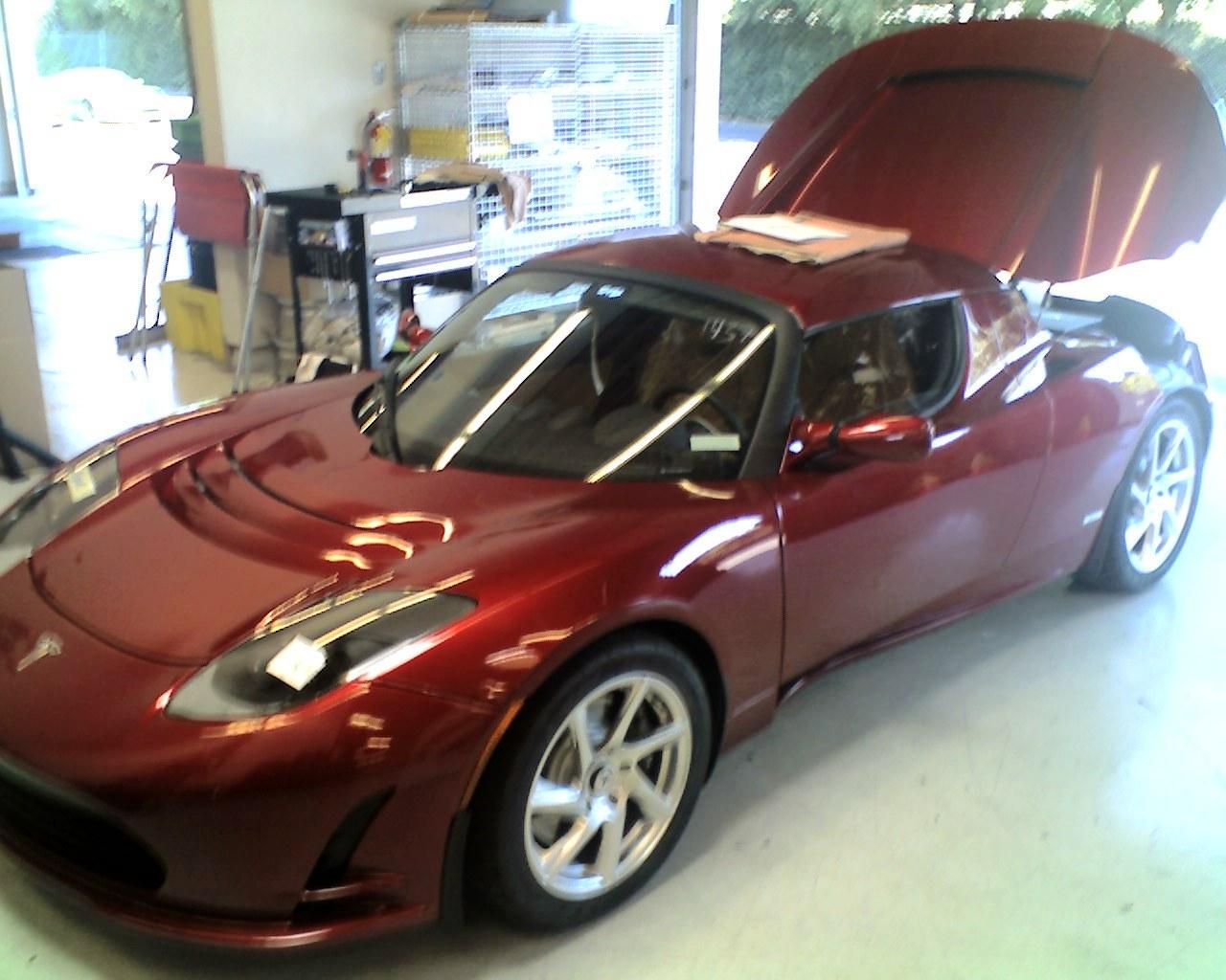 My Tesla 1st Pic 09-27-11_1053.jpg