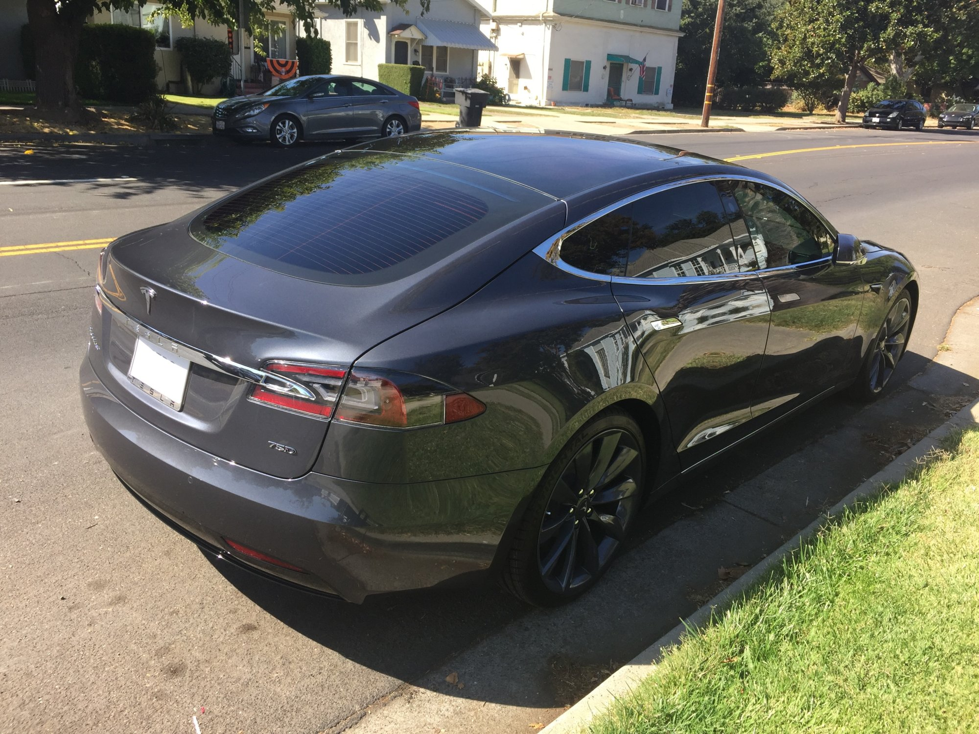My Tesla New Tinted windows  9-30-2107.jpg