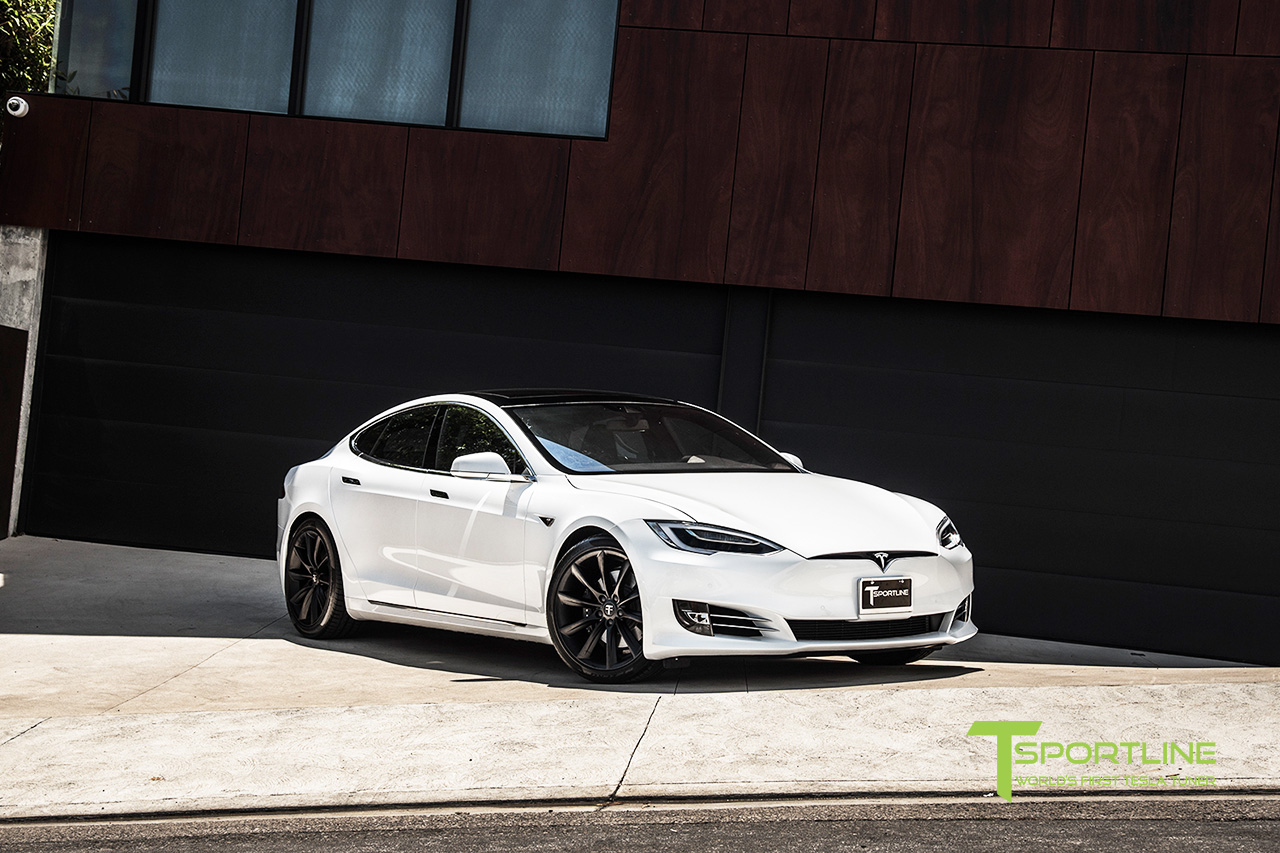 new-pearl-white-tesla-model-s-20-inch-wheel-tst-matte-black-3.jpg