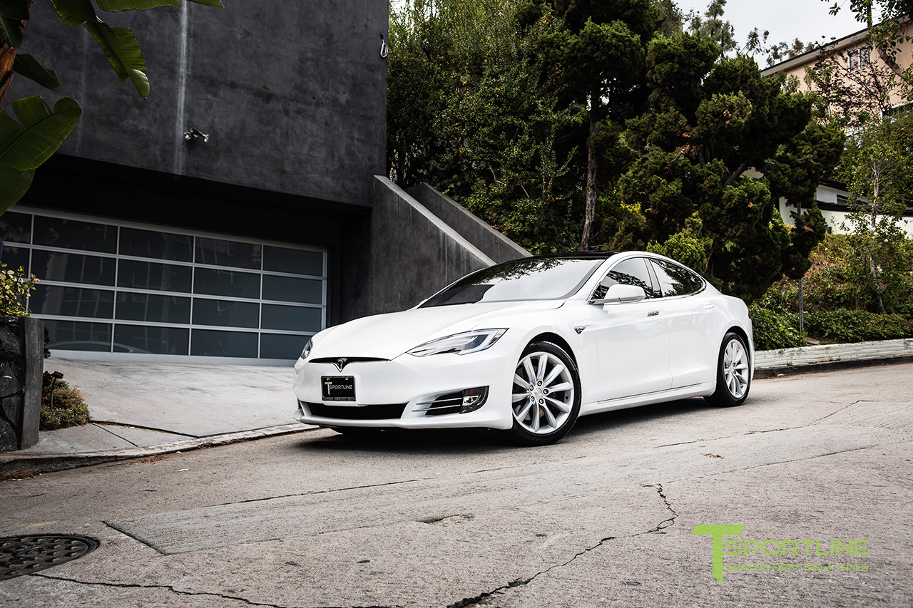 new-pearl-white-tesla-model-s-70d-19-inch-tst-brilliant-silver-wheels-2.jpg