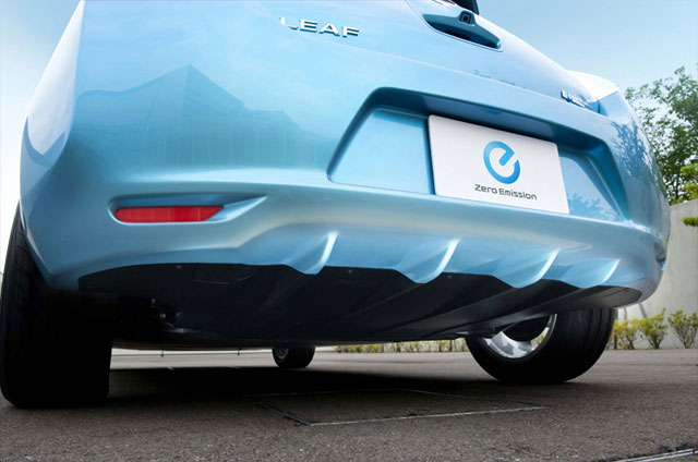 nissan-leaf-rear-no-tailpipe.jpeg