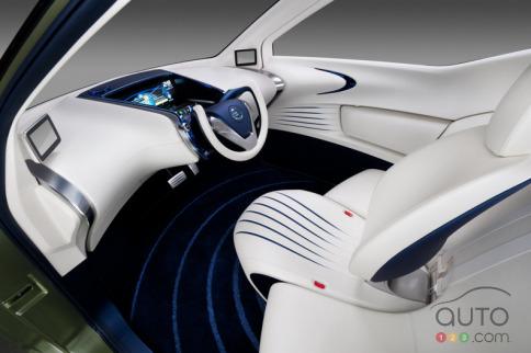 Nissan-Pivo-3-010.jpg