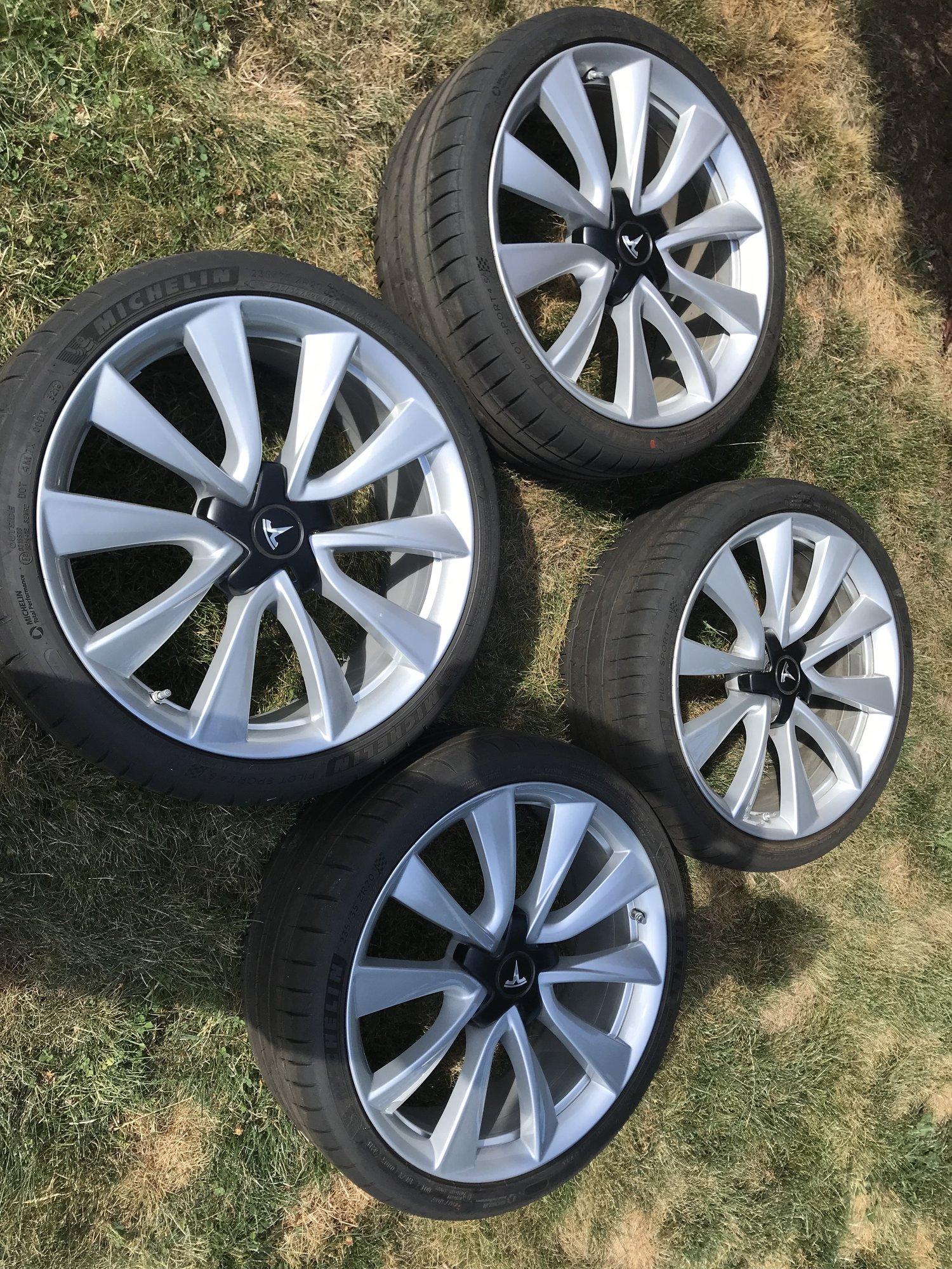"""oem 20"""" wheels.jpg"""