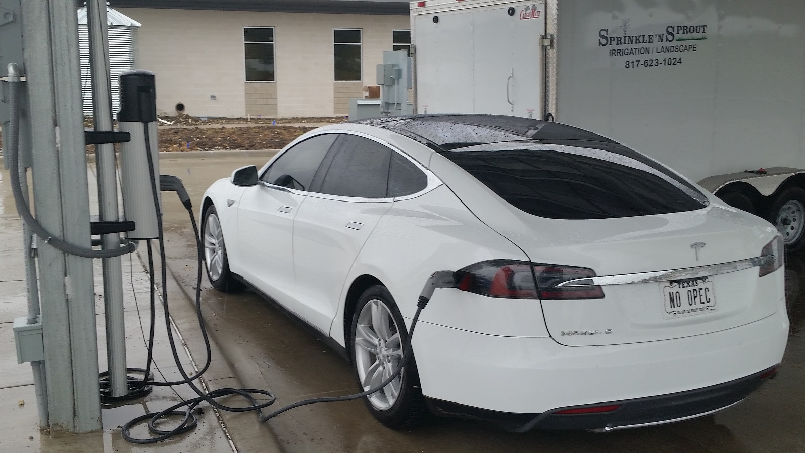 Oncor EV Charging.jpg
