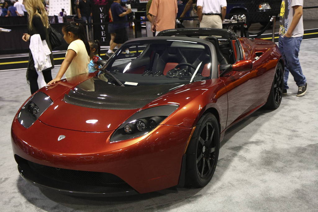 P0686-5YJRE1A34A1000686-autoshow.jpg