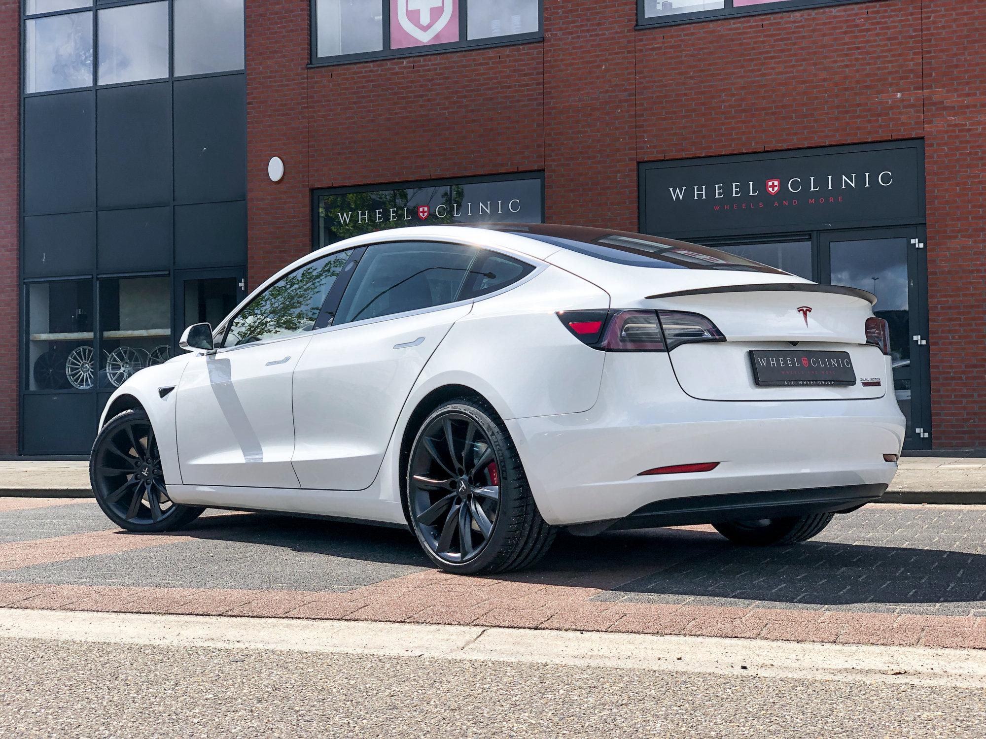 pearl-white-performance-tesla-model-3-20-inch-matte-black-tst-turbine-style-2.jpg