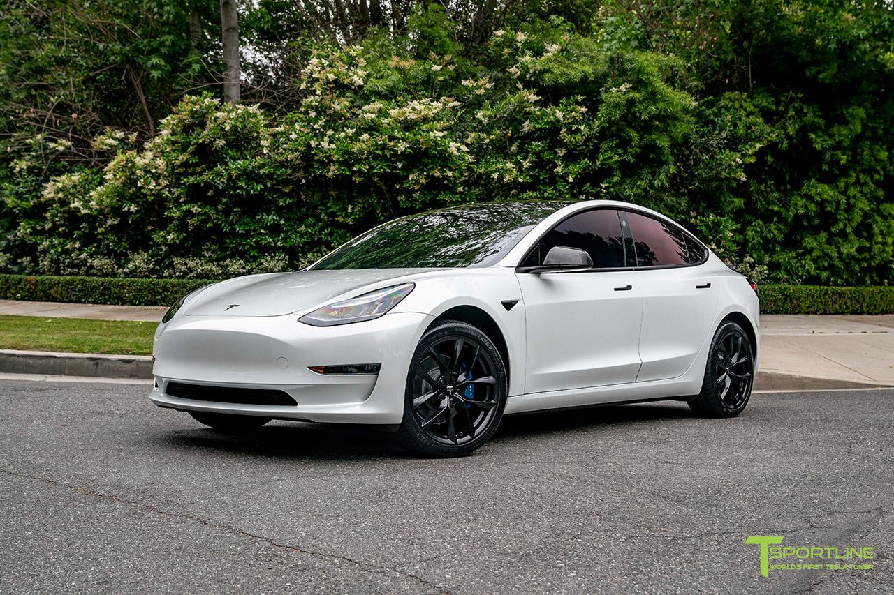 pearl-white-tesla-model-3-19-inch-tss-flow-forged-wheels-matte-black-rims-wm-1.jpg