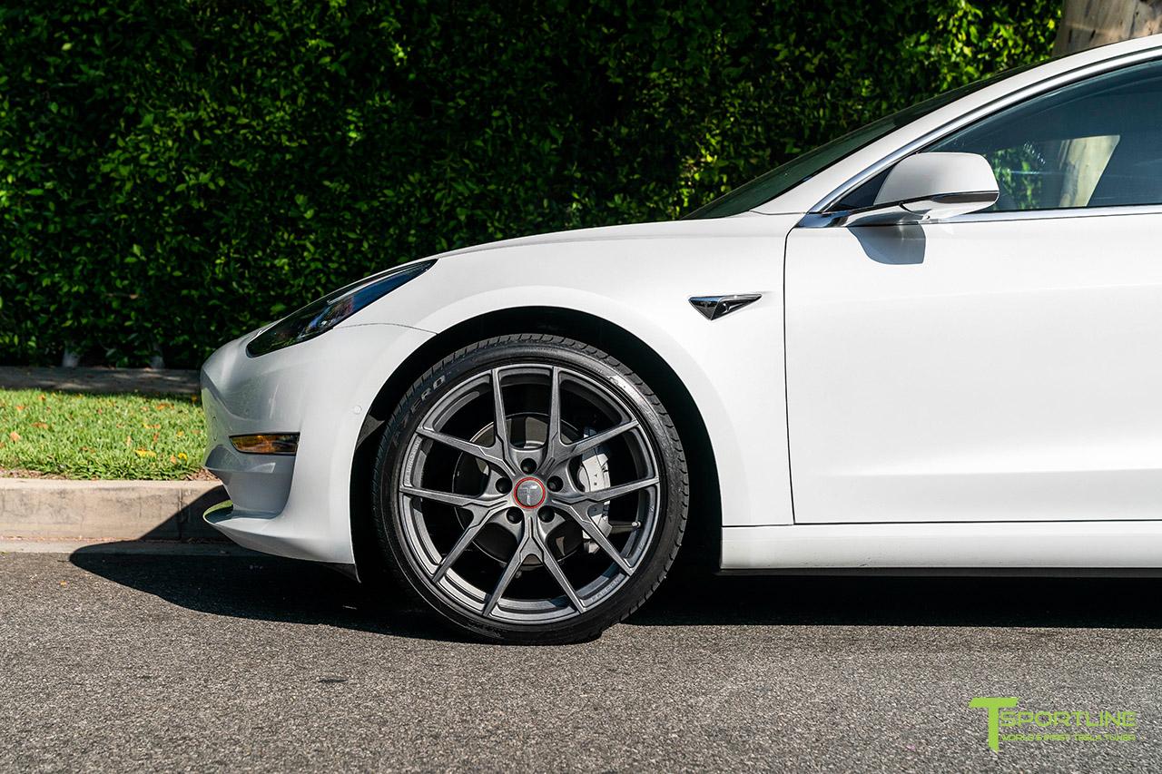 pearl-white-tesla-model-3-20-inch-flow-forged-wheels-limited-edition-falcon-satin-gunmetal-wm-4.jpg
