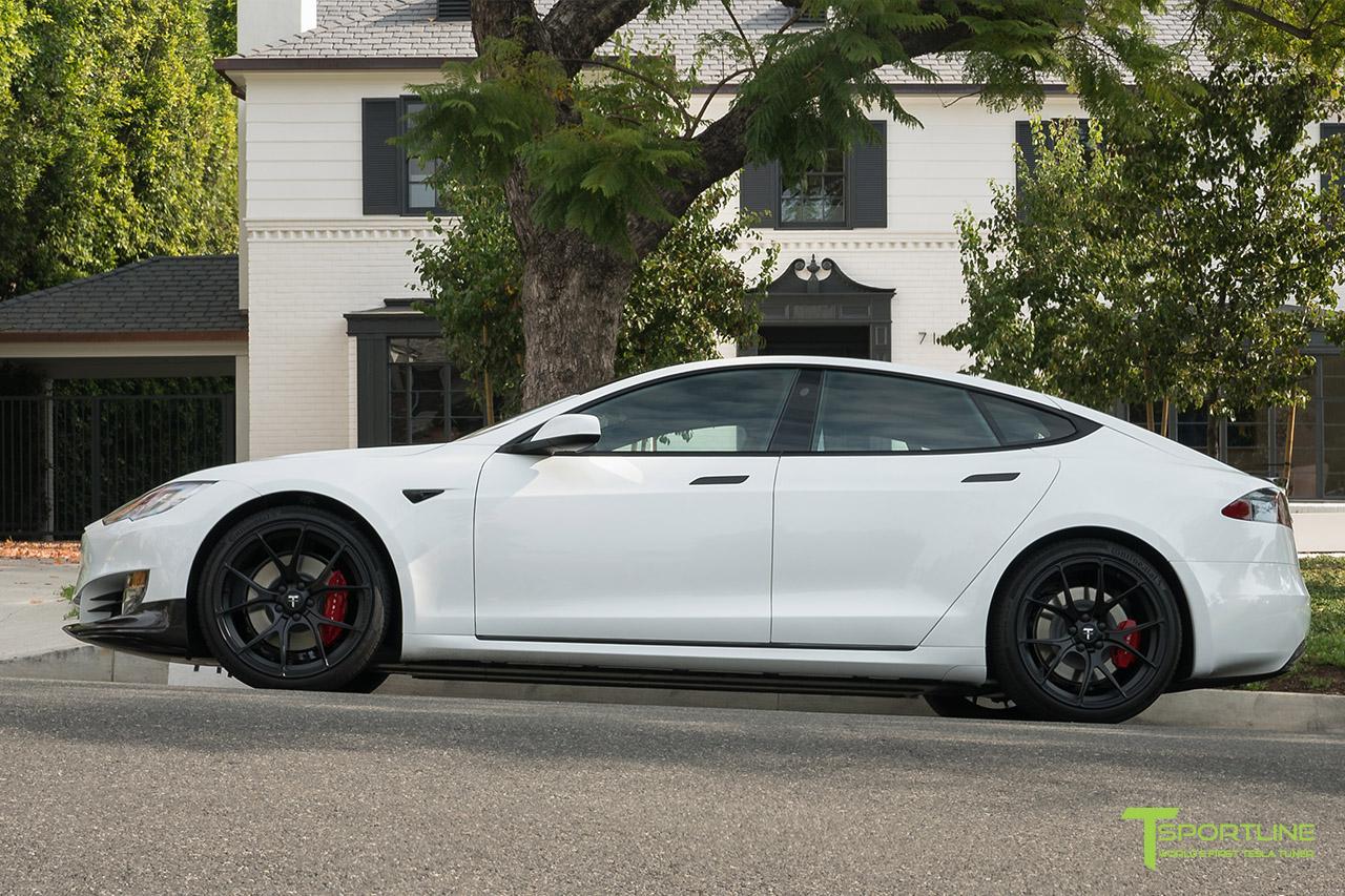 pearl-white-tesla-model-s-matte-black-21-inch-ts115-forged-wheels-wm-2.jpg