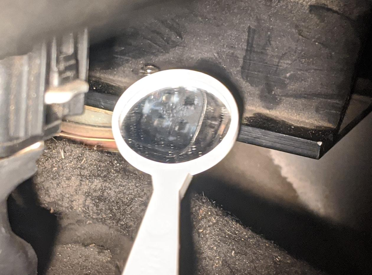 PEM Fan connector (burned pins - PEM side)-3.jpg