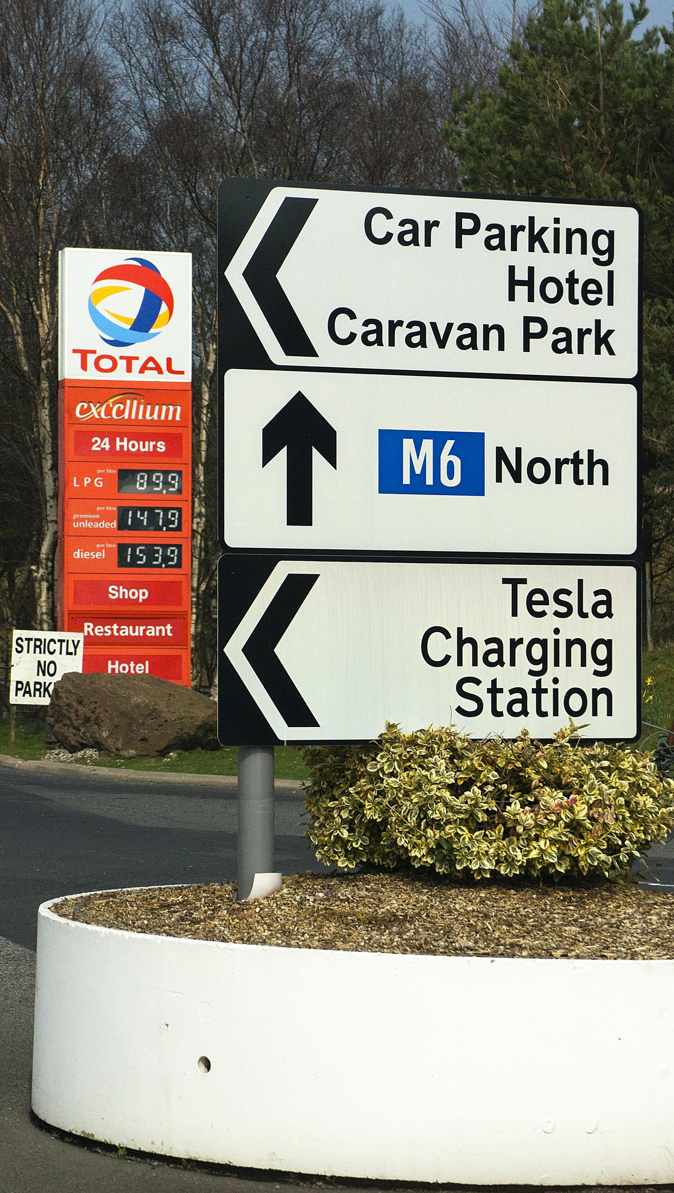 Petrol Price.jpg
