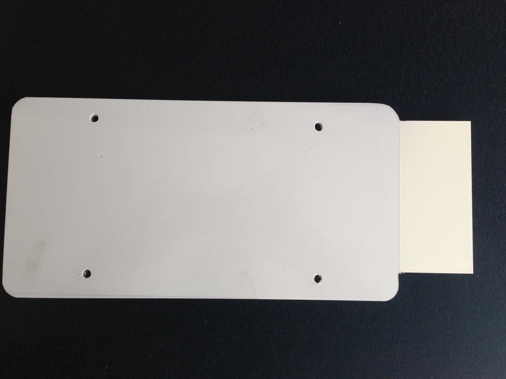 Plastic_Plate1.JPG