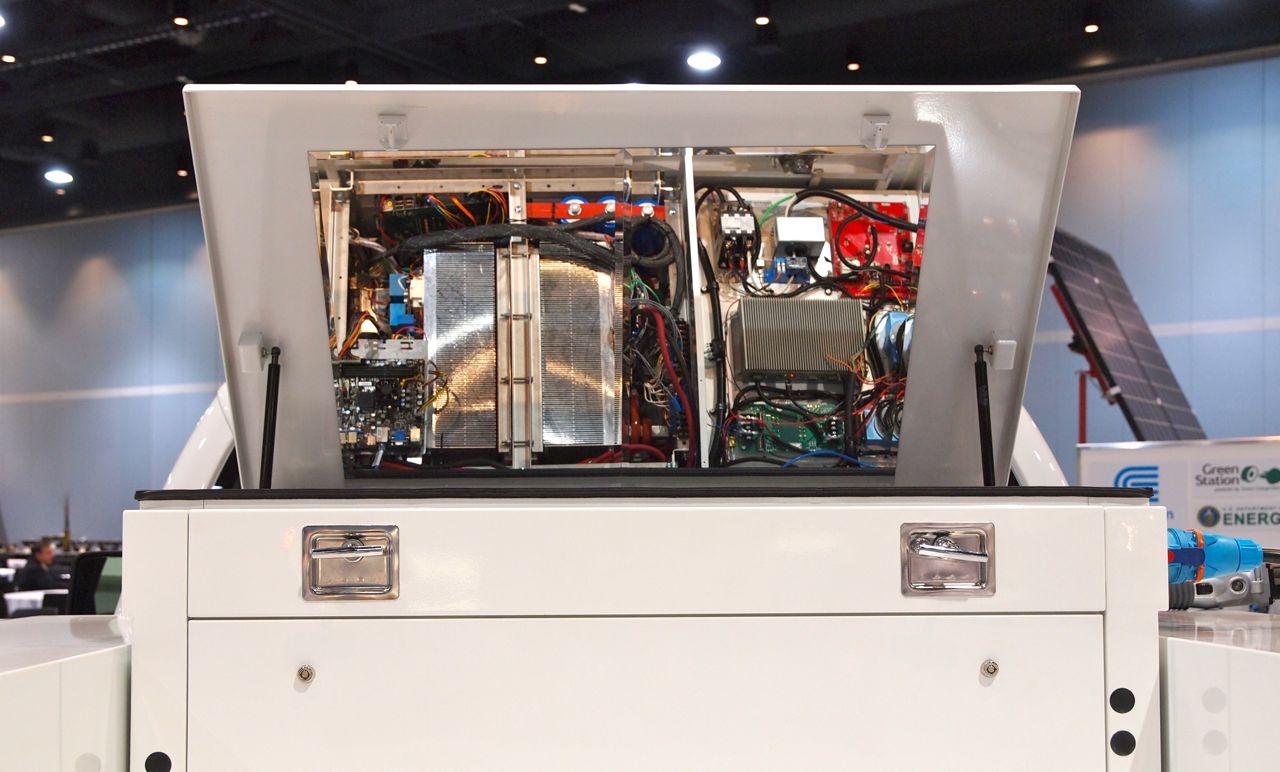 plug-in-2011-aaa-4.jpg