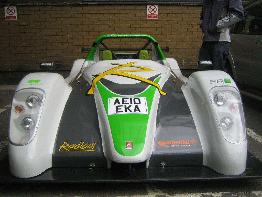 racing-green-endurance-electric-car-imperial-college-london-june-2010_100314207_l.jpg