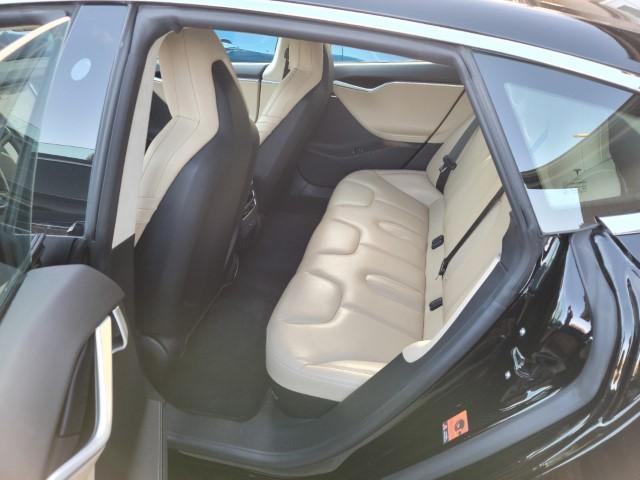 Rear Interior (Small).jpg