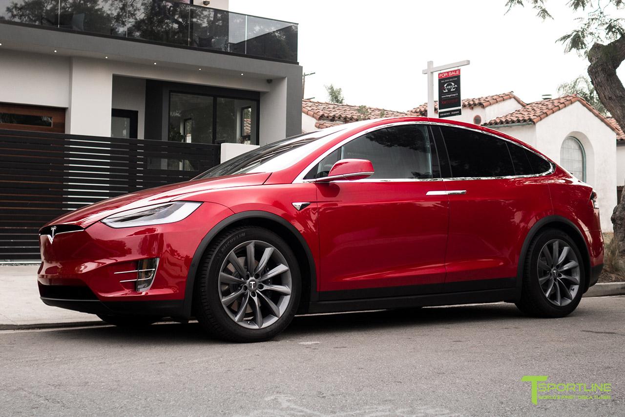 red-multi-coat-tesla-model-x-20-inch-tst-wheel-metallic-gray-wm-1.jpg