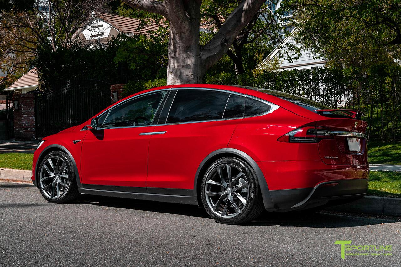 red-multi-coat-tesla-model-x-space-gray-22-inch-tss-flow-forged-wheels-arachnids-wm-3.jpg